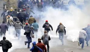 بوليفيا عمال مضربون يختطفون نائب وزير الداخلية ويقتلونه
