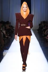 الأزياء المحتشمة على المنصة الباريسية-2